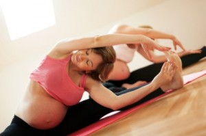 http://health.usnews.com/health-news/health-wellness/articles/2013/04/04/prenatal-yoga-what-you-should-know