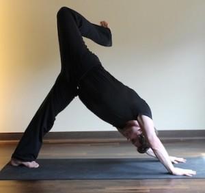 http://www.huffingtonpost.com/david-magone/stretching-runners_b_3149541.html