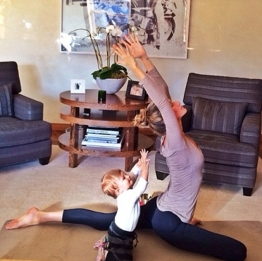 http://global.christianpost.com/news/gisele-practices-yoga-with-baby-daughter-photo-109860/