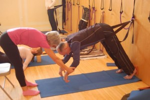 http://guardianlv.com/2014/02/stroke-survivors-improve-balance-with-yoga/